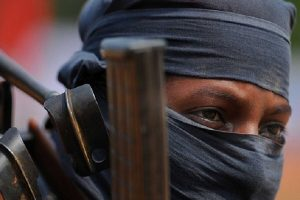 झारखंड: पुलिस और PLFI के नक्सलियों के बीच मुठभेड़, एक नक्सली के गोली लगी